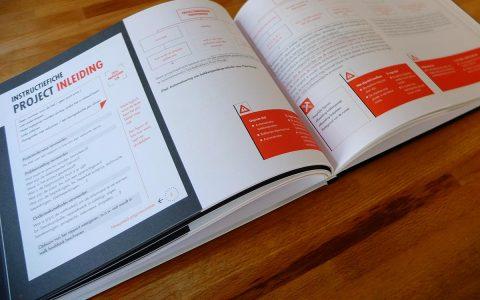 'Rapporteren voor technici' Coverontwerp + binnenwerk voor ACCO