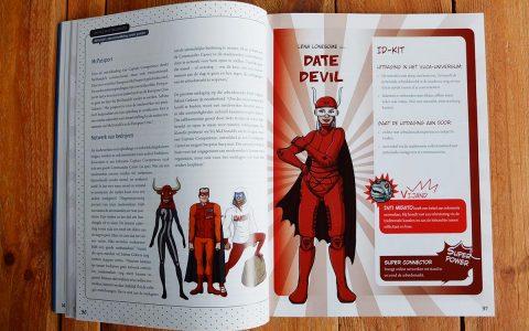 'Work Action Heroes' Coverontwerp + binnenwerk voor Politeia / VDAB