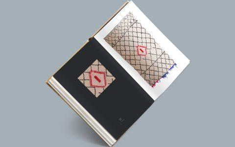 zigzag-rugs-bw