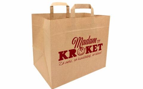 Ontwerp takeaway bag voor Madam Kroket